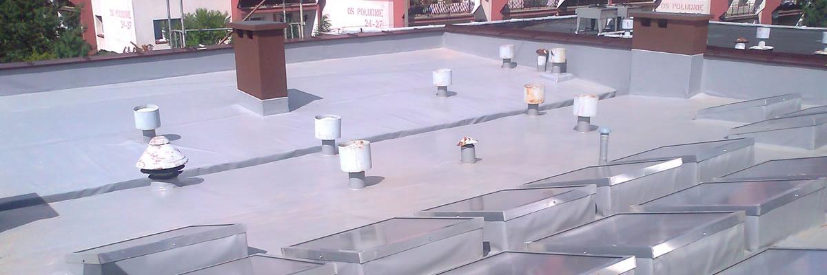 Wykomujemy dachy wykorzystując membrany pcv. Do realizacji każdego zlecenia wykorzystujemy materiały budowlane najwyższej jakości.